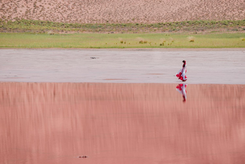珍藏在巴丹吉林沙漠中的,粉红海子