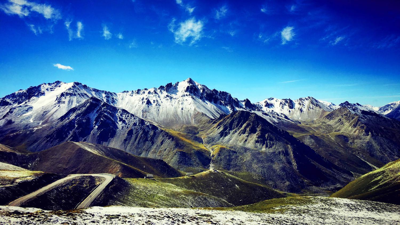 去新疆玩,有哪些经典的旅游线路和美到极致的景点