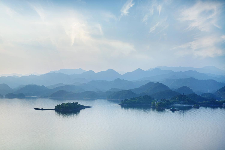 千岛湖在哪里?千岛湖好玩吗?千岛湖攻略大全就在这里!