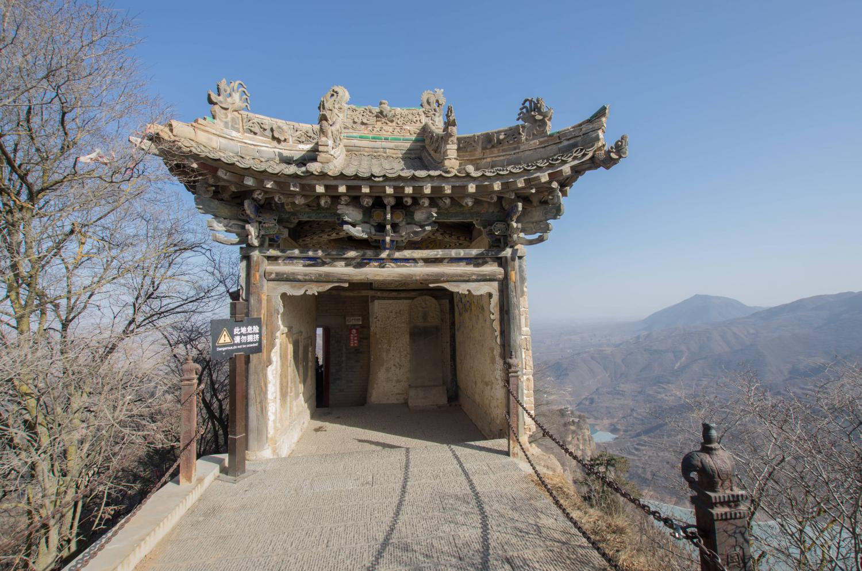 北京出发7天宁夏甘肃自驾游,中卫沙坡头-丹峰赤壁火石寨-缥缈仙境崆峒山
