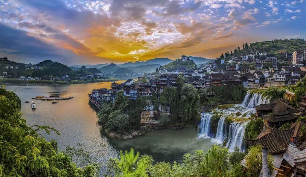 成都出发到湖南6日自驾游路线攻略,张家界-凤凰古城-芙蓉古城